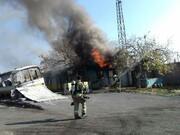 مهار آتش در محوطه شرکت واحد منطقه ۴