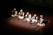 تصویر   اجرای موسیقی مقامی دو تارنوازان تربت جام در سمنان