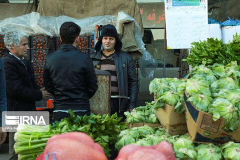 بازار اصفهان در آستانه شب یلدا