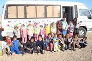 کتابخانههای سیار کتابها را به کتابخوانهای روستایی میرسانند