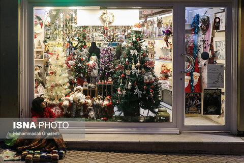 خرید کریسمس در تهران عكاس: محمدعلی قاسمی