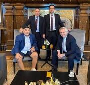 مارادونا با شلوارک به دیدار رئیس جمهور آرژانتین رفت