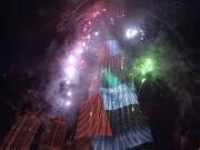 فیلم | رقص نور و آتشبازی سال نو در کنار بلندترین ساختمان جهان