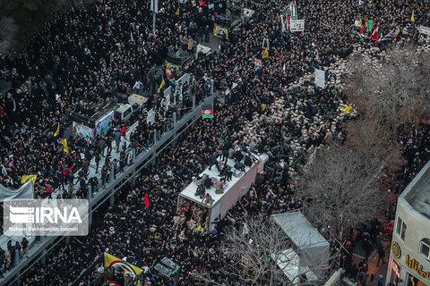 تشییع پیکر «حاج قاسم و ابومهدی» در مشهد