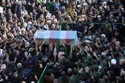 فیلم | تعدادی از تشییع کنندگان بر اثر ازدحام جمعیت در کرمان جان باختند