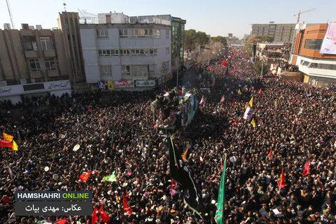 تصاويري از جمعيت حاضر در تشييع پيكر سردار شهيد سليماني در كرمان