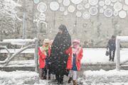 شنبه ۲۱ دی؛ مدارس نوبت بعدازظهر همدان به علت ریزش برف تعطیل شد
