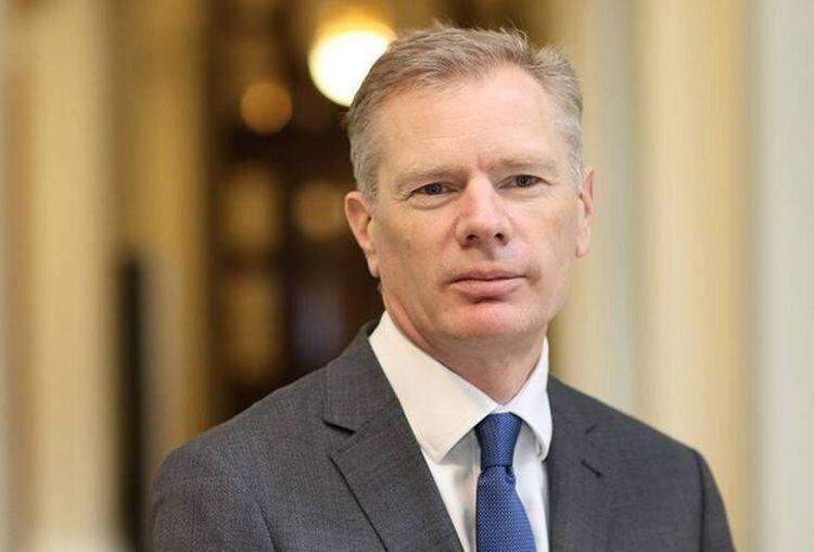 راب مکایر - سفیر انگلیس