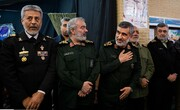بزرگداشت سرداران برای سپهبد | تصاویر فرماندهان سپاه و ارتش در مراسم بزرگداشت شهید قاسم سلیمانی