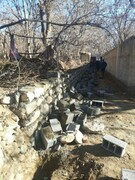 تخریب دیوارهای غیر مجاز باغ های کن