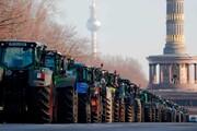 عکس روز| تراکتورها در برلین