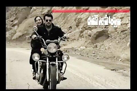 فیلم | یک دلباخته سینمای فیلمفارسی را ببینید