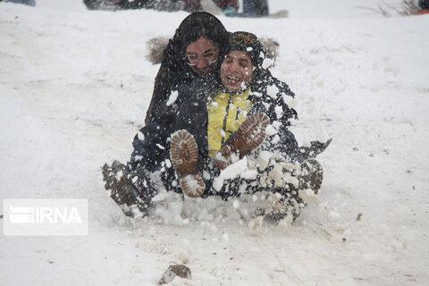 جشنواره بازیهای زمستانی در مهاباد