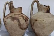 ۳ کوزه سفالی قدیمی در ورامین کشف شد