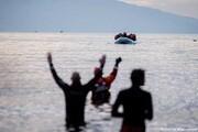 یونان کلافه از مهاجران؛ روی دریا حصار میکشد