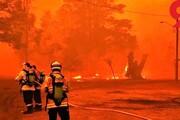 فیلم | فرار آتشنشانها از آتش