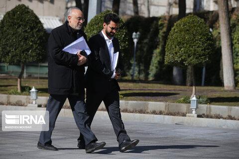 تصاویر آذری جهرمی و صالحی در جلسه هیات دولت