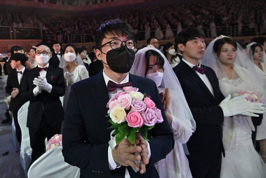 عروسی در کره با ماسک