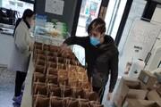 ایرانی داوطلب در کانون شیوع کورونا به پزشکان چینی کمک میکند
