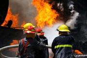 آتش به یک کارگاه تولیدی در فردیس خسارت وارد کرد