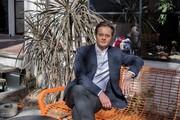 جوان لهستانی که در بازار بورس تهران پول پارو میکند