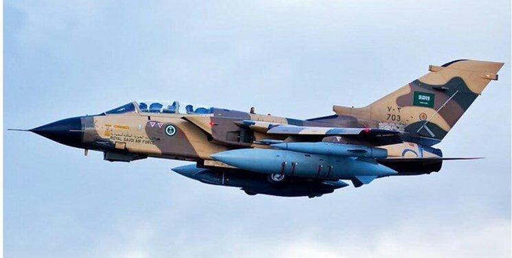 فیلم | لحظه سرنگونی جنگنده سعودی توسط موشک پیشرفته