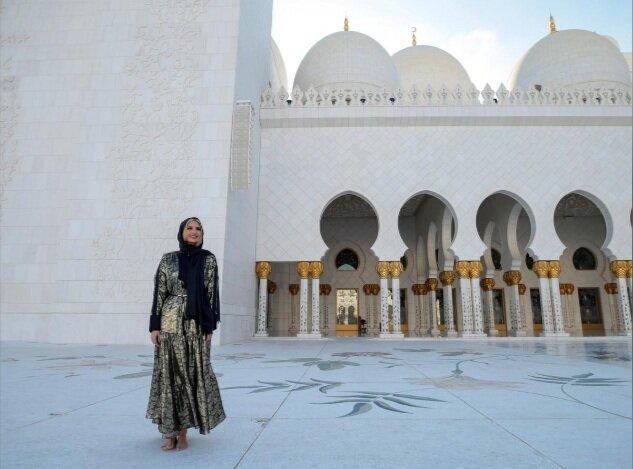 ایوانکا ؛ دختر ترامپ در بازدید از مسجد بزرگ شیخ زاید ابوظبی