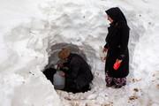 تصویر | سختیهای زندگی پس از برف در روستاهای سیاهکل