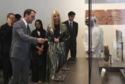 فیلم و تصاویر   ایوانکا ترامپ مبهوت تماشای آثار موزه لوور دبی