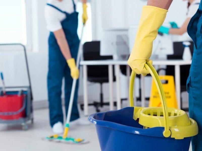 نکاتی که کارگران نظافت منزل باید رعایت کنند