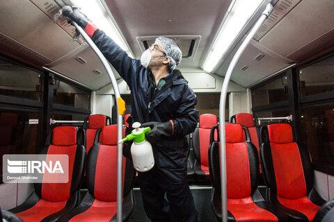 ضدعفونی کردن اتوبوسهای پایتخت جهت جلوگیری از شیوع کرونا