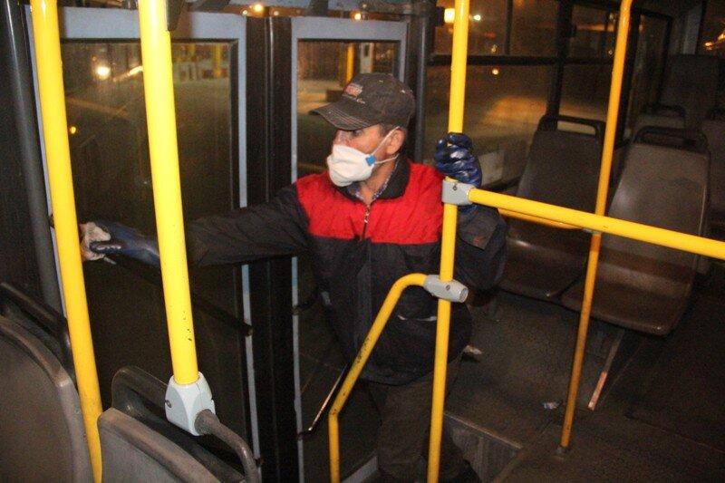 ضدعفونی کردن اتوبوس
