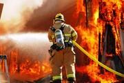 نجات جان مادر و دو کودک از میان شعلههای آتش