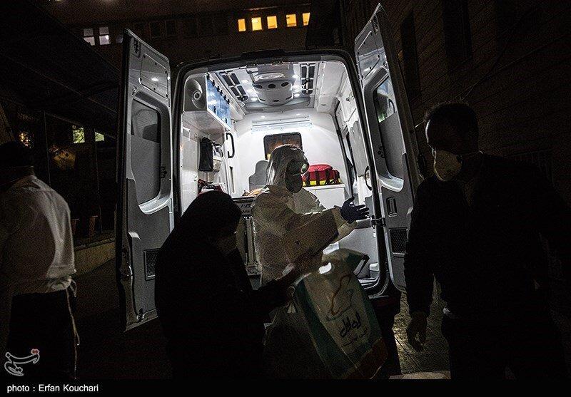 انتقال بیماران مبتلا به کرونا توسط نیروهای عملیات ویژه اورژانس
