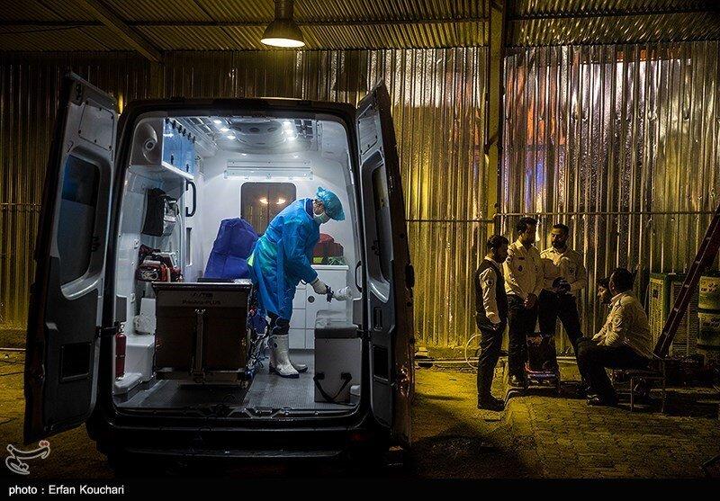 مراحل استرلیزه کردن و گندزدایی از آمبولانسهای نیروی ویژه اورژانس که به صورت مرتب بعد از هر عملیات انجام میشود.