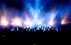 جدول زمانبندی کنسرتهای آنلاین | از روزبه بمانی تا رضا یزدانی و سینا سرلک