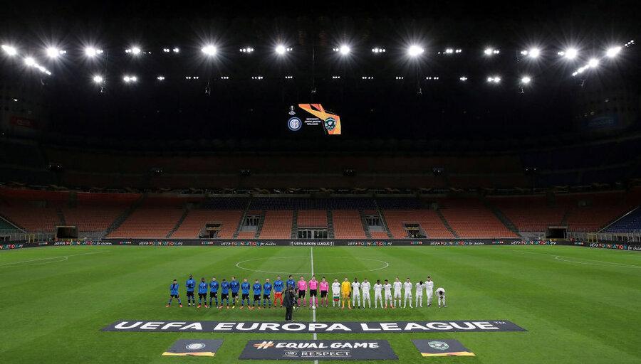 استادیوم خالی از تماشاچی در بازی تیم های اینترمیلان و لودگورتس در ایتالیا