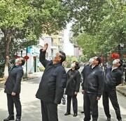 تصویر رئیس جمهور چین در خیابانهای ووهان | دست تکان دادن برای مردم در قرنطینه خانگی