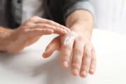با خشکی پوست ناشی از زیاد شستن دستها چه کنیم؟