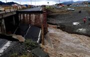 تخریب پل ورودی کهنوج بر اثر سیلاب
