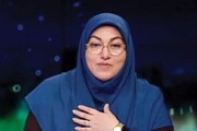 فیلم | شوخی کرونایی مجری معروف تلویزیون با حریرچی | از شما کرونا گرفتم!