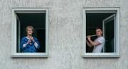 عکس روز| موسیقی در قرنطینه