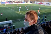 تصاویر | در این کشور اروپایی مسابقات فوتبال همچنان برگزار میشوند