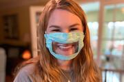ساخت ماسکی مناسب برای ناشنوایان