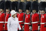عکس | پوشش جدید کرونایی گارد سلطنتی انگلیس
