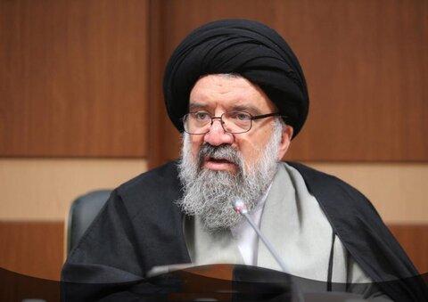 احمد خاتمی خواستار قطع ارتباط اینترنت ایران با جهان شد! | اینترنت را ملی کنید