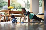 تصاویر | چند تمرین ورزشی ساده برای رفع درد زانو