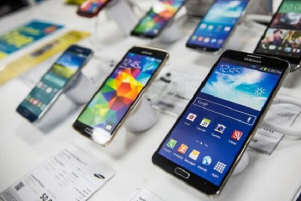 قیمت تنها موبایل ایرانی | قیمت روز گوشی موبایل در ۸ آبان؛ از سامسونگ و هواوی تا اپل و شیائومی