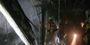 آتشسوزی گسترده در بازار سنتی ستارخان | ۱۲ مغازه به طور کامل تخریب شد