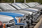 ممنوعیت ورود خودروهای بالای ۲۵۰۰ سیسی برداشته میشود؟